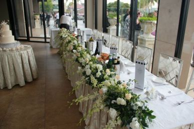 Siylvia_wedding_table_flowers.jpg